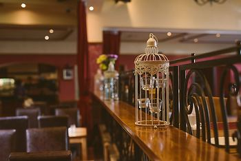 Farnham Arms Hotel