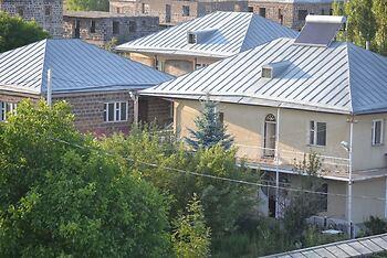 Serik & Geora Guesthouse
