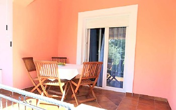 Apartment With 2 Bedrooms in Bibinje, With Enclosed Garden and Wifi -