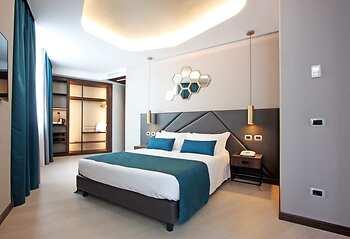 The hive hotel roma it lia garantia de menores taxas for The beehive rome
