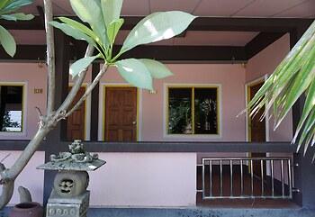 Ban Poh Garden House