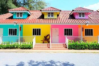 Colour Beach Resort