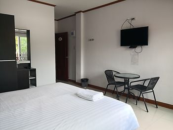 Ruenchofa Hotel