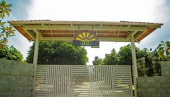 Suggee Resort