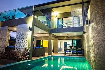 The Pearl Luxury Pool Villas