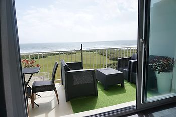 Apartment With one Bedroom in Guidel, With Wonderful sea View, Pool Ac