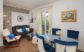 Apartment design by Helena