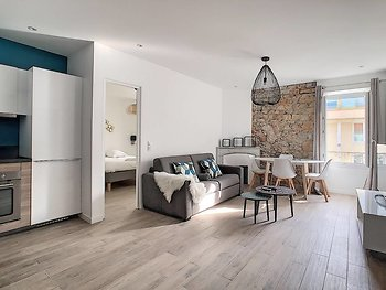 Superb Apart 6 People in the Heart of Cannes T33