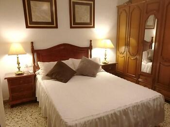 Villa With 3 Bedrooms in Encinarejo de Córdoba, With Private Pool, Fur