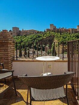Apartamentos Turisticos Alhambra