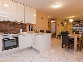 Comfortable Apartment in Zadar With TV