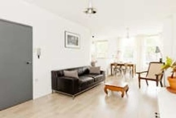 Enjoy This Beautiful Spacious Amsterdam 2 Bedroom Apartment - Amsa104