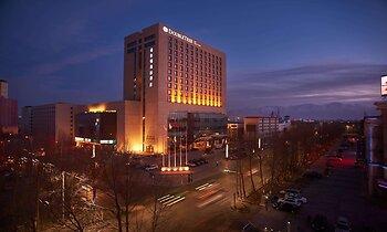 DoubleTree by Hilton Hotel Qinghai - Golmud