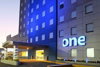 One Querétaro Aeropuerto Hotel