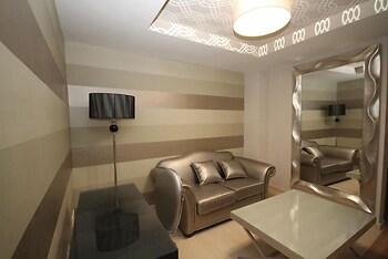 Apartamentos Alvear Suites