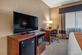 Comfort Suites Terre Haute University Area