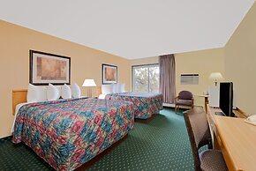 Days Inn by Wyndham International Falls