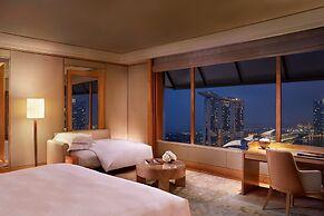 The Ritz-Carlton, Millenia Singapore (SG Clean)