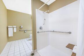 Microtel Inn & Suites by Wyndham Independence