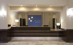 Holiday Inn Express Hotel & Suites Brownsville, an IHG Hotel