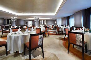 Carlton Hotel Singapore (SG Clean)