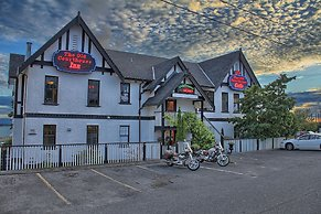 The Old Courthouse Inn