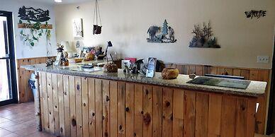 Buffalo Bill's Antlers Inn