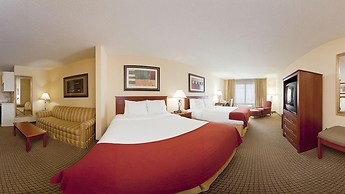 Holiday Inn Express and Suites Greenville, an IHG Hotel