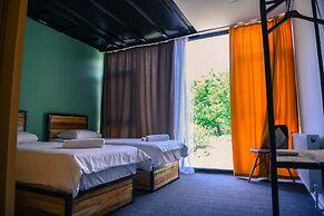 Arevi Hotel