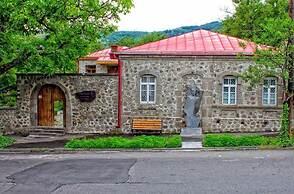 Kirch Hotel & Restaurant