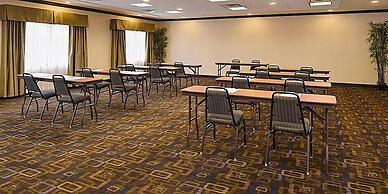 Holiday Inn Express & Suites Bridgeport, an IHG Hotel