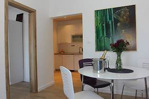 Apartment House Vitaic