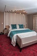 Loch Logan Hotel