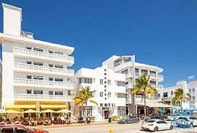 Ocean Drive Studios Beach Front